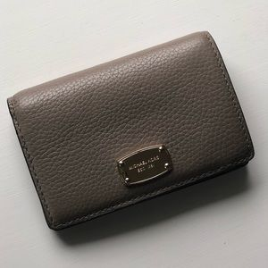 Authentic Michael Kors grey pebbled leather wallet